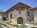 Обновљена камена кућа и вински подрум у Рајачким пимницама, с. Рајац, Неготин.jpg