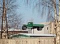 Памятник автомобилю военного времени.JPG