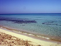 Средиземное море у берегов Ливии.jpg