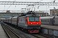 ЧС2К-883, Россия, Москва, станция Москва-Пассажирская-Павелецкая (Trainpix 189191).jpg