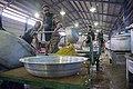 احمد ناطقی از عکاسان بنام ایران در آشپزخانه مرکزی مهران در حال مستند نگاری 03.jpg