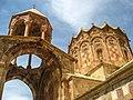 کلیسای استفانوس مقدس از زاویه ای دیگر.jpg