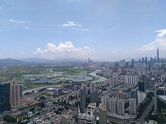 Shun Hing Square - Image: 从地王大厦上俯瞰鹏城