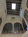 062 Casa Macià, c. Cort 16 (Vilafranca del Penedès), pati interior.jpg