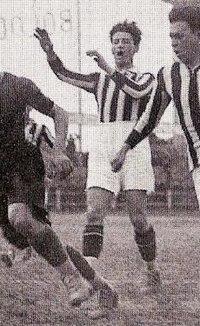 1926–27 Divisione Nazionale - Bologna v Juventus (final round) - Schiavio, Rosetta and Allemandi (cropped).jpg