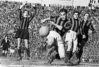 Derby della Madonnina - A vintage derby 1950–51.