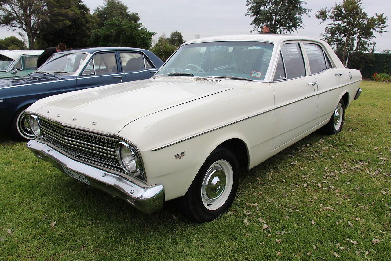 File 1966 Ford Falcon  XR  sedan  18634088514