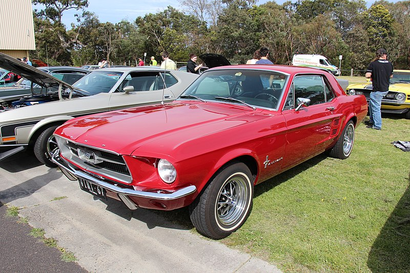 File:1967 Ford Mustang Hardtop (15586870411).jpg - Wikimedia Commons