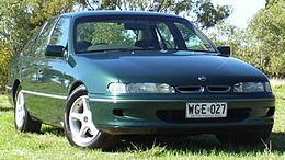 1993-1995 Holden VR Commodore.jpg