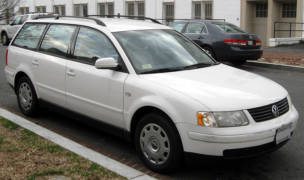 1998-2001 Volkswagen Passat wagon -- 01-07-2012 front