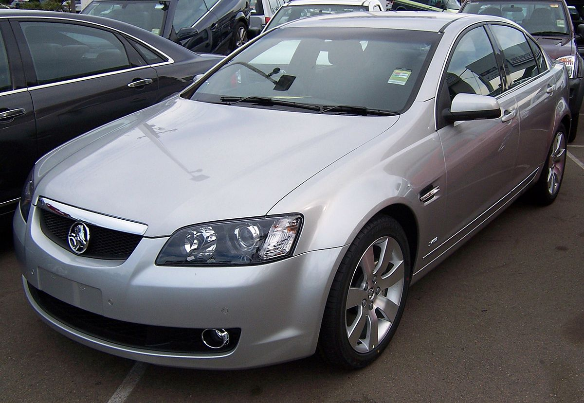 Holden Commodore — Википедия