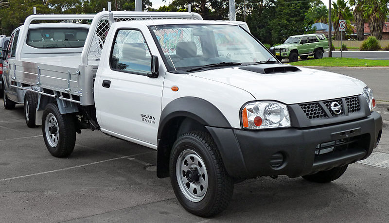 file 2010 2011 nissan navara d22 my2010 dx 2 door cab chassis 2011 04 22 jpg wikimedia commons. Black Bedroom Furniture Sets. Home Design Ideas