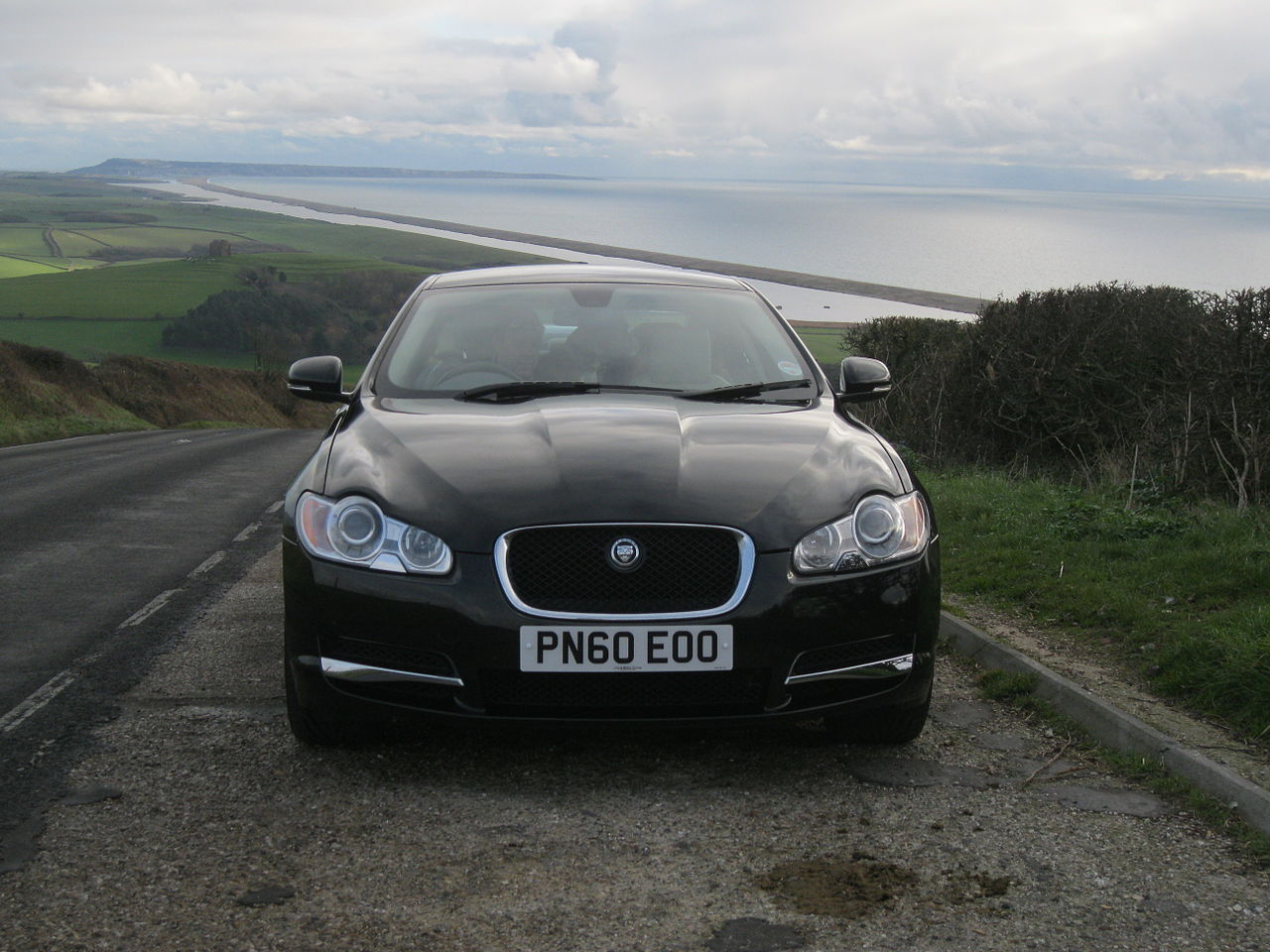 reviews test xf photo driver and jaguar review road s car supercharged original