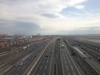Hill International - Part of the New Jersey Turnpike Widening Project to Newark Airport (Photo by Famartin)