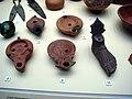 2352 - Milano - Museo archeologico - Lucerne romane (sec. I-II) - Foto Giovanni Dall'Orto, 30-Oct-2008.jpg