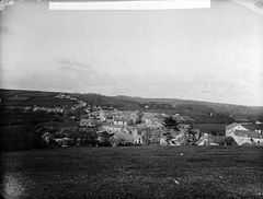 A view of Newcastle Emlyn from Cae Pendre NLW3361287.jpg