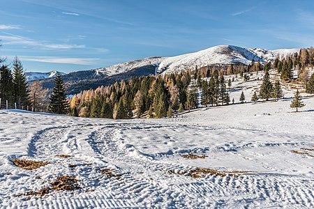 Alpine landscape in Seebachern with the Big Speikkofel (mountain) behind), Albeck, Carinthia, Austria