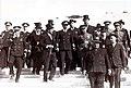 Alfonso Torres con Alfonso XIII y autoridadesde Cartagena.jpg