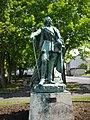 Amboise - statue de Richelieu.jpg