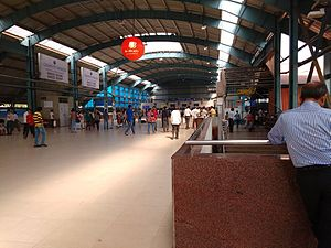 Andheri railway station - The interior of Andheri station terminal