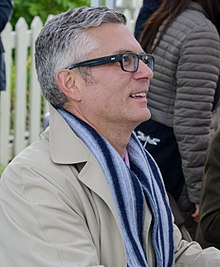 Description de l'image Andrew Pyper - Eden Mills Writers Festival - 2015 (DanH-6461) (cropped).jpg.