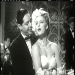 Andy Russell et Betty Hutton chantent If I had a Dozen Hearts dans le film