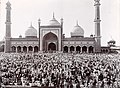 Annual prayer at the Jumma Musjid, Delhi (c. 1902-1910).jpg