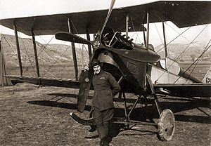 Armstrong Whitworth F.K.3 - A British pilot, possibly 2nd Lt. A.C. Stopher from No. 47 Squadron RAF, Thessalonika with FK.3.