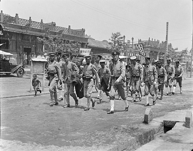 photo showing the arrested students being taken to jail, 1919