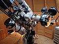 Astronom.Fernrohre auf Teleskopsäule,66¹84.JPG