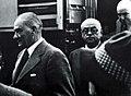 Atatürk ve Bayar.jpg