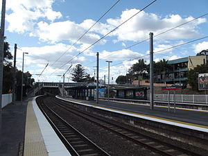 Auchenflower Railway Station, Queensland, Aug 2012.JPG