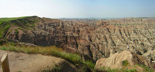 Badlands National Park Badlands panorama1.jpg