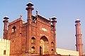 Badshahi Masjid Main Gate.JPG