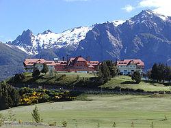 Alpynse landskap en argitektuur in bariloche