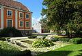 Barockparterren med Herrehuset i bakgrunden - Kulturen i Lund.JPG