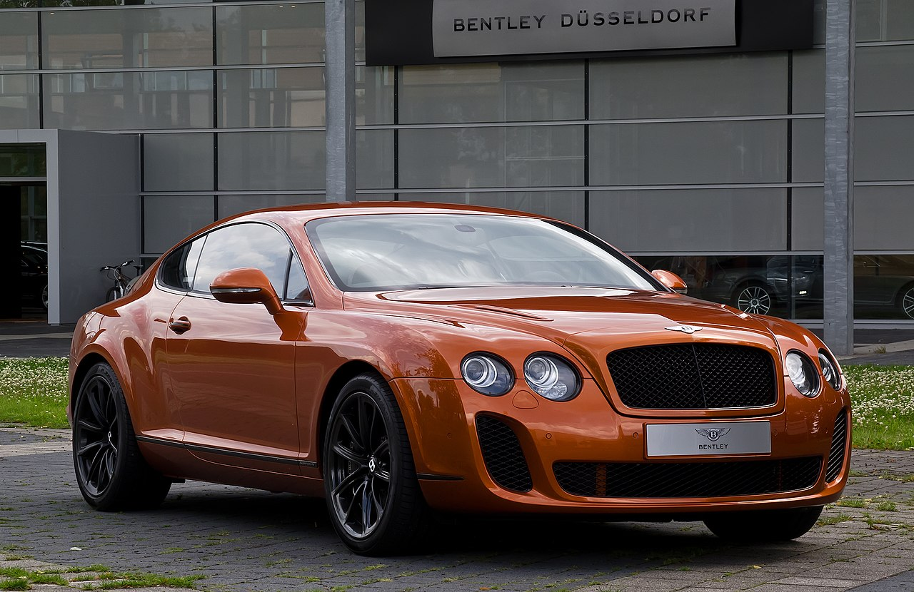 file bentley continental supersports frontansicht 18 juli 2012 d wikimedia. Black Bedroom Furniture Sets. Home Design Ideas