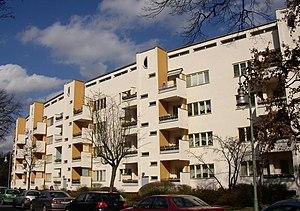 Deutsch: Gebäudezeile (Mäckeritzstraße 6-14) v...
