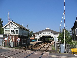 Beverley railway station - Beverley railway station, signal box and Chantry lane crossing (2005)