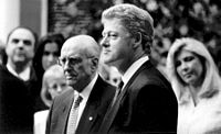 Bill Clinton and Andreas Papandreou.jpg