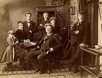 Bjørnstjerne Bjørnson - Bjørnstjerne Bjørnson and his family, 1882.