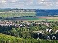 Blick bis zu den Hessigheimer Felsengärten - panoramio.jpg
