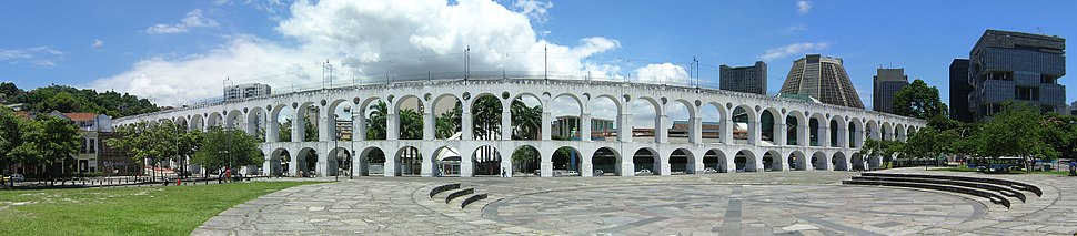 "Carioca Aqueduct, also called ""Arcos da Lapa"" (Lapa Arches)"