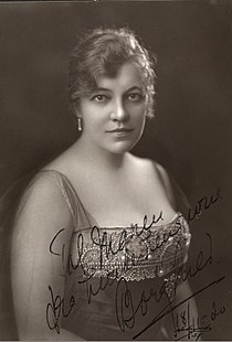 Borghild Bryhn (1920).jpg