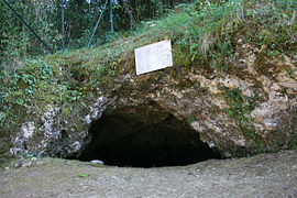 La Bouffia Bonneval, the discovery site of the Neanderthal burials of La Chapelle-aux-Saints
