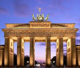 Бранденбургские ворота, вид с восточной стороны