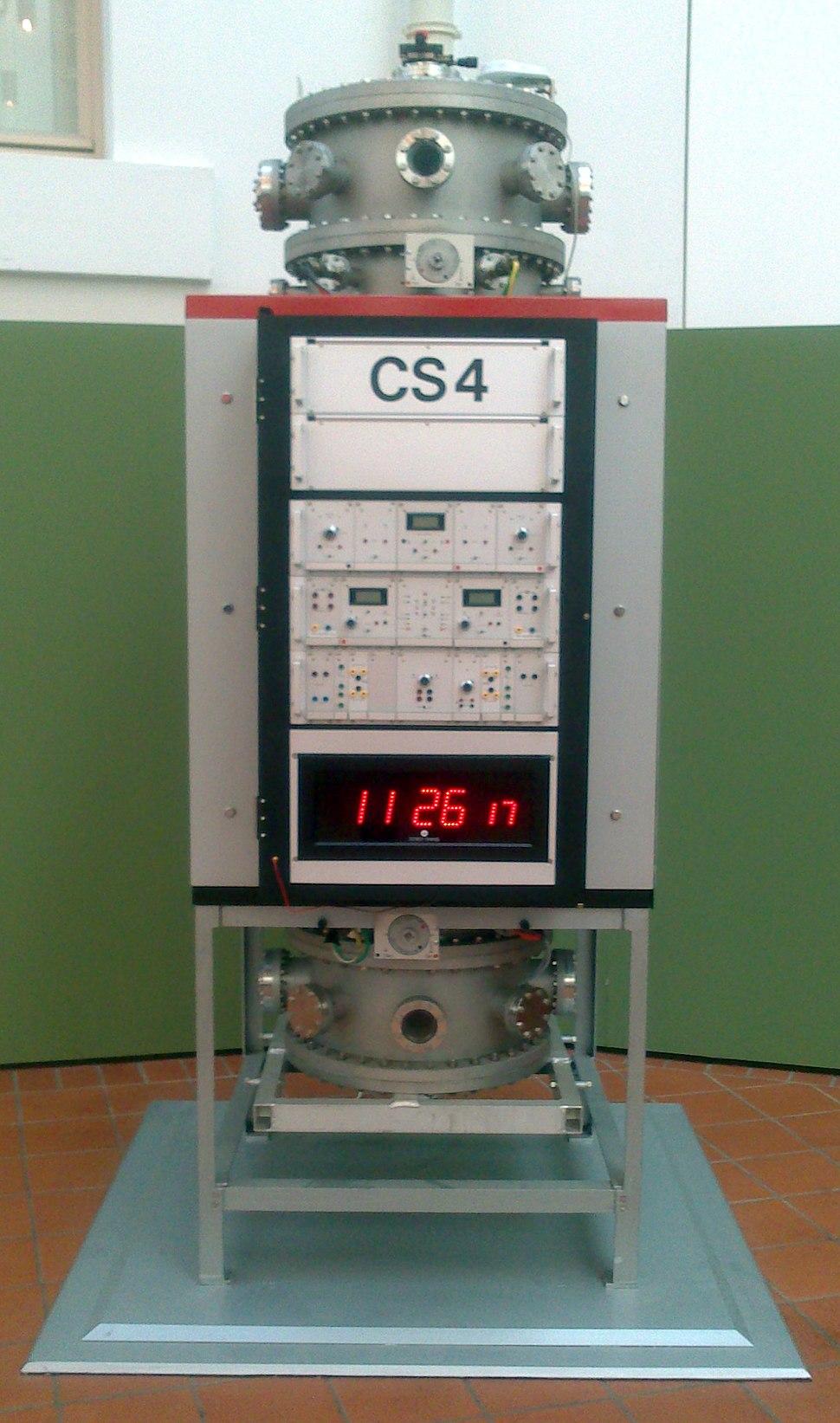 Braunschweig PTB-Atomuhr CS 4 (2012)