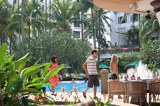 Shangri-La Hotel Singapore - Breakfast time by the poolside