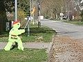 """Breitscheidstraße, kleiner Nothelfer in der Tempo-30-Zone - """"langsam"""" - panoramio.jpg"""