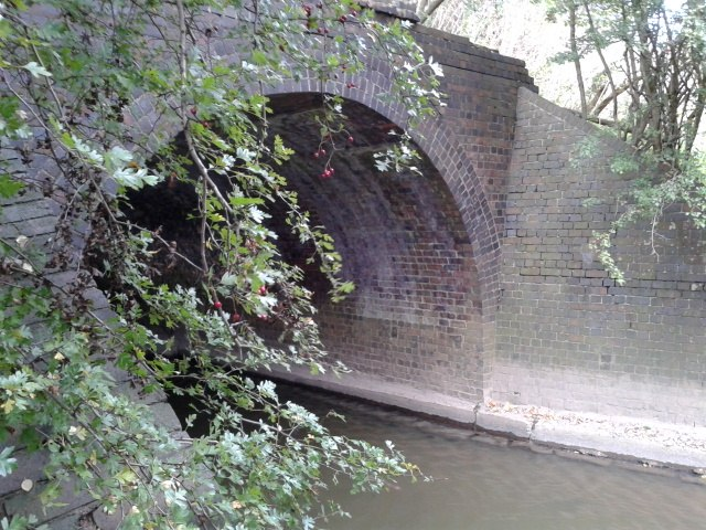 Bridge over the River Ise on the abandoned Kettering, Thrapston and Huntingdon Railway